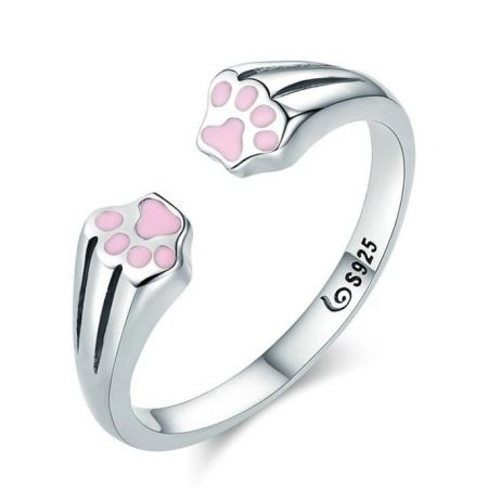 Zilveren ring met roze pootjes